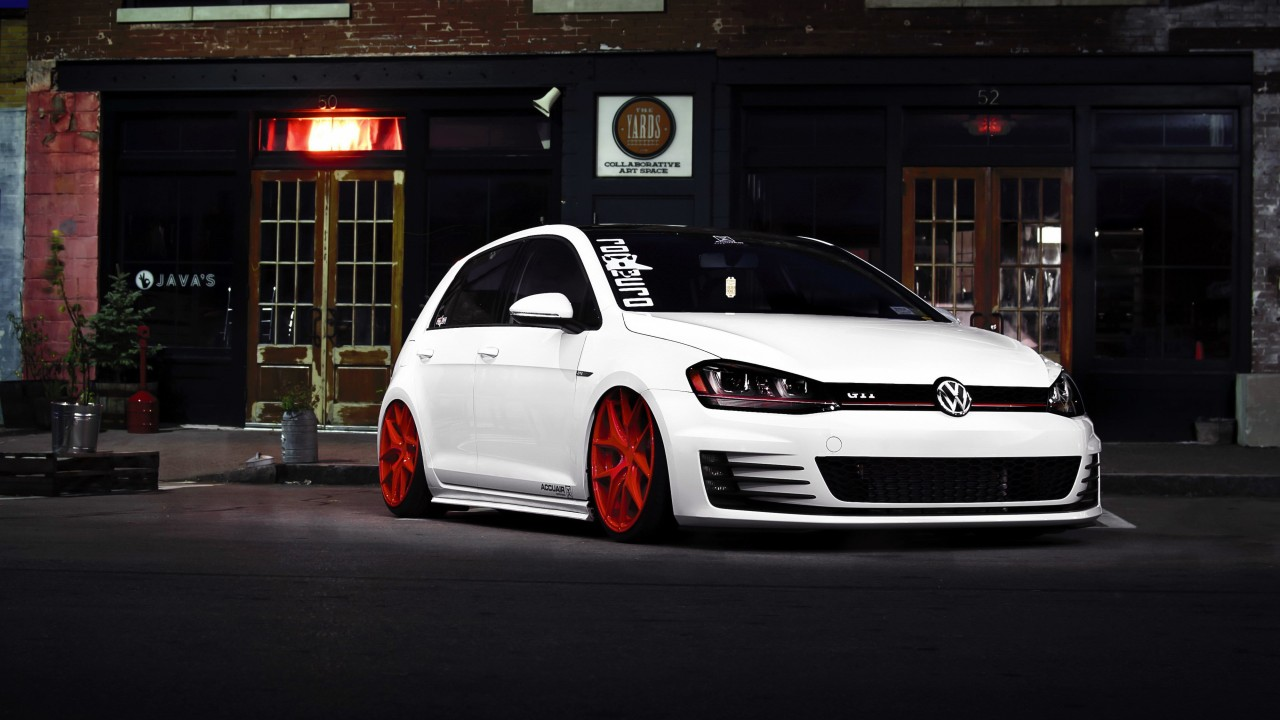 White Volkswagen Golf GTI Wallpaper for Desktop 1280x720