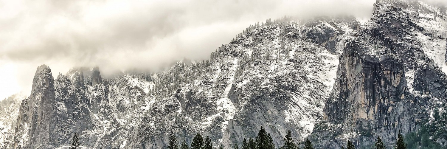 Winter Day at Yosemite National Park Wallpaper for Social Media Twitter Header