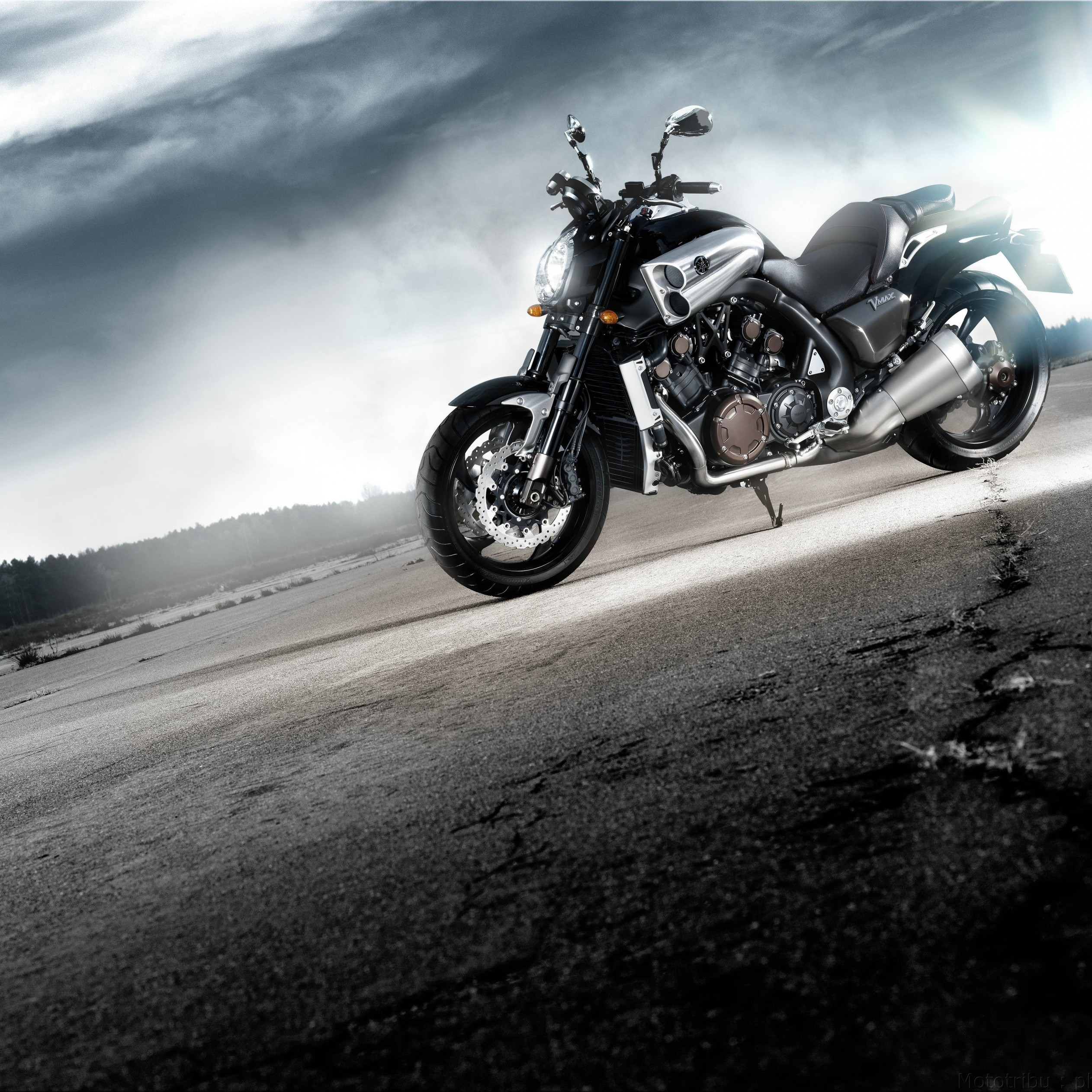 Yamaha VMax Wallpaper for Apple iPad Air