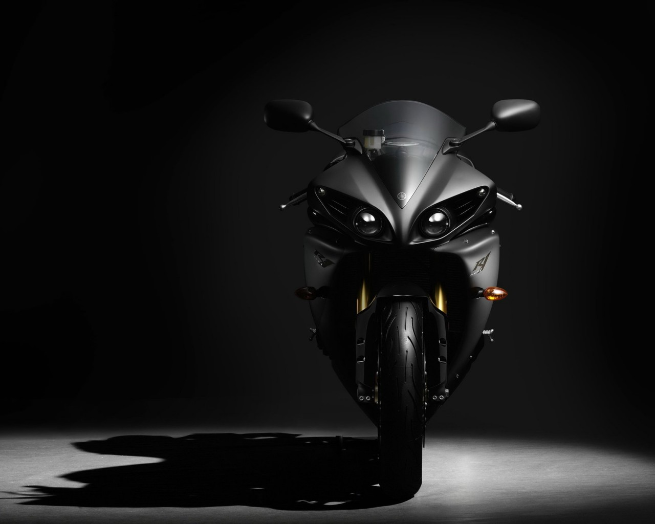 Yamaha Yzf R1 Wallpaper for Desktop 1280x1024