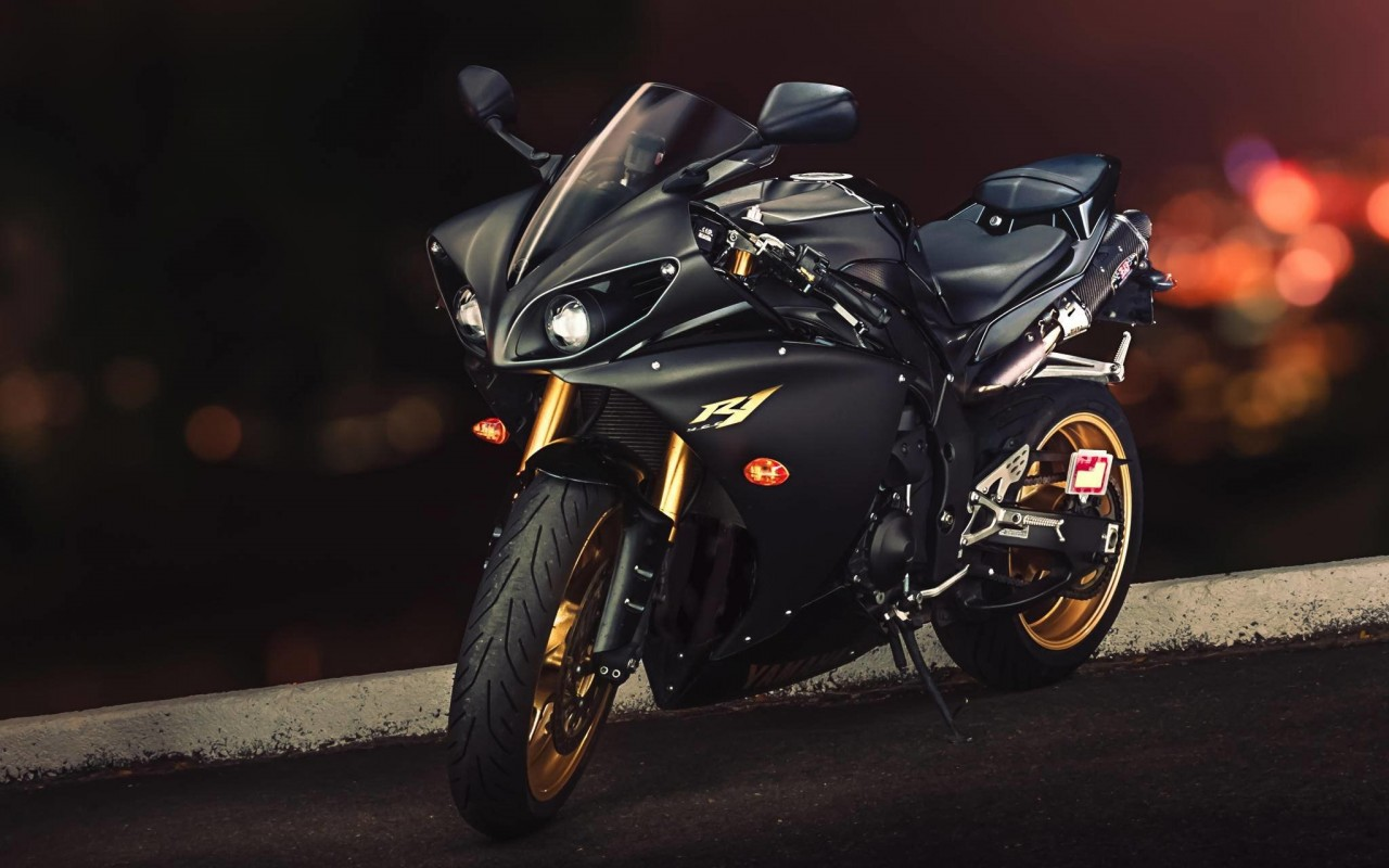 Yamaha YZF-R1 Wallpaper for Desktop 1280x800