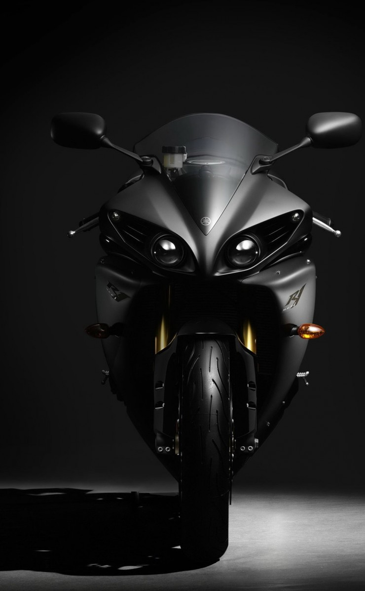 Yamaha Yzf R1 Wallpaper for Apple iPhone 4 / 4s