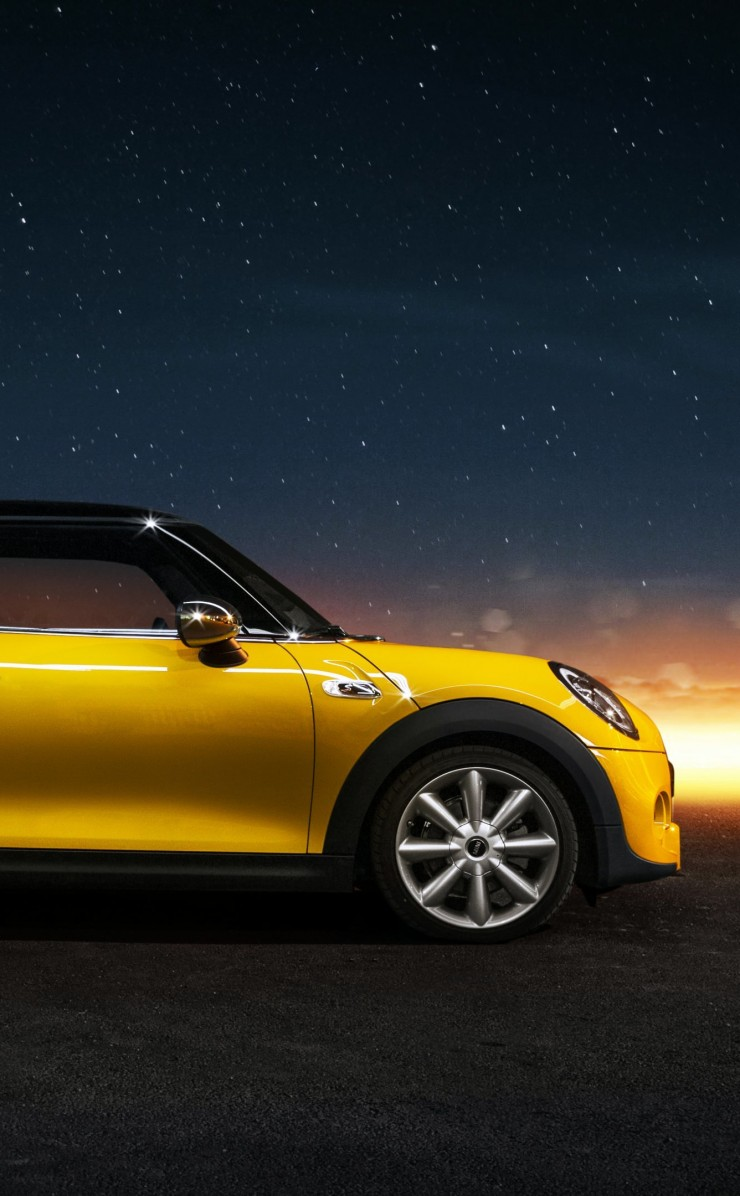 Yellow Mini Cooper S Wallpaper for Apple iPhone 4 / 4s
